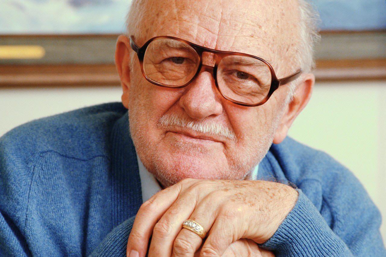 Elderly-man-seniors-older-men